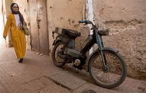 Mobylette Peugeot Occasion : la mythique mobylette peugeot 103 toujours dans le coeur des marocains le point ~ Medecine-chirurgie-esthetiques.com Avis de Voitures