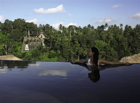 hanging infinity pools in bali hanging infinity pools in bali at ubud hotel resort architecture design