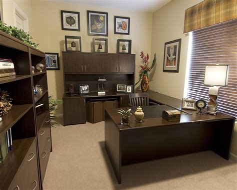 bureau decoration creating your home office decorating den