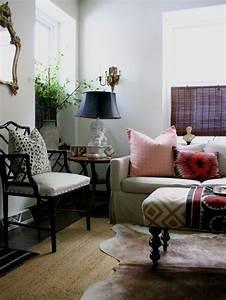 tapis peau de vache accessoire original pour votre interieur With tapis peau de vache avec grand canaper d angle