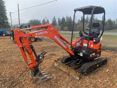 kubota  compact excavator  lbs class sherlock equipment
