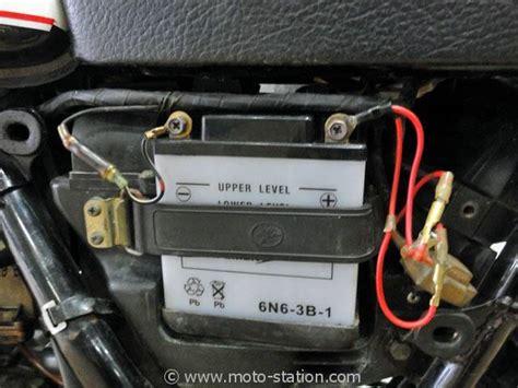 Le Sur Batterie Pour Garage by Batterie Moto Quel Chargeur Pour Vaincre Le Froid Et L