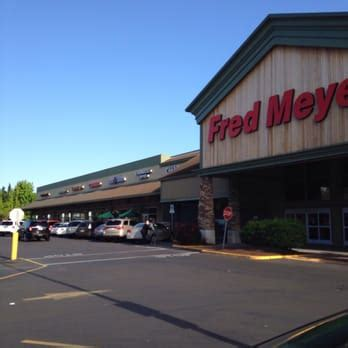 fred meyer 22 photos 72 reviews gas stations 15995