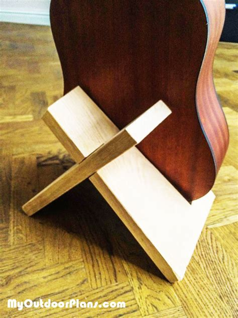 diy guitar stand myoutdoorplans  woodworking plans