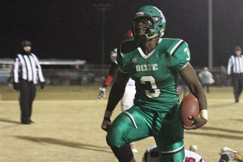 donald s 4 tds dixie beats mcbee to reach upper state title high school