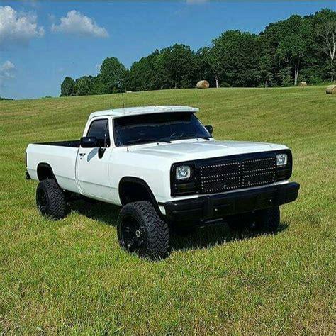 cummins truck white 1st gen cummins white best looking trucks pinterest