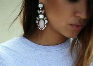 Grosse Boucle D Oreille : grosse boucle d oreille pendante id es de tatouages et ~ Melissatoandfro.com Idées de Décoration
