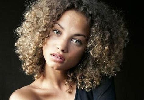 boldest short curly hairstyles  black women