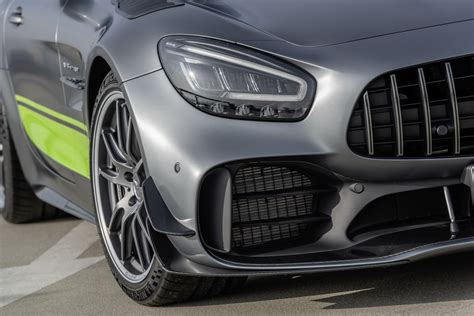 With 469 horsepower, mercedes says the amg gt coupe can hit 60 mph in 3.9 seconds mercedes will only build 750 examples of the gt r roadster and 150 examples of the gt r pro, assuring their exclusivity. 2020 Mercedes-AMG GT R Pro Headlines Updated 2-Door GT Family | Carscoops