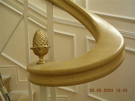 corrimano per scale in legno massello prezzo scale falegnameria rd arredamenti s r l roma armadi su