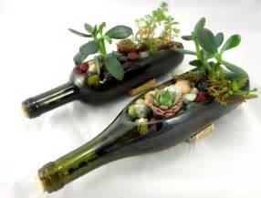 wine bottle centerpieces 15 idées déco pour recycler vos bouteilles de vin
