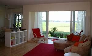 Küche Und Wohnzimmer In Einem Kleinen Raum : das ferienhaus ~ Markanthonyermac.com Haus und Dekorationen
