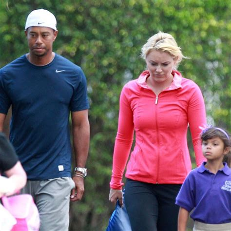 Tiger & Lindsey Take His Kids to School - E! Online