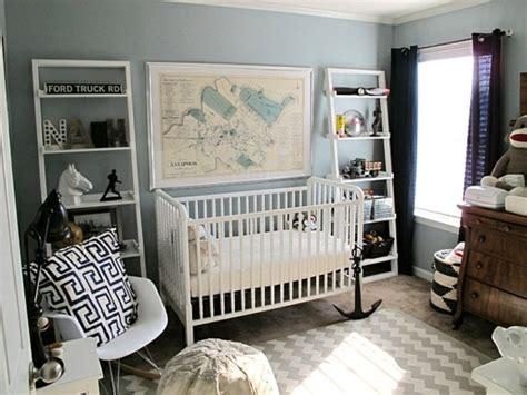 amenagement chambre bebe déco chambre bébé fille en gris pourquoi pas