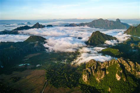 Vang Vieng - Village in Laos - Thousand Wonders