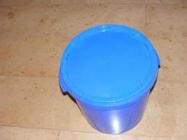 Eimer 30 Liter : kunststoff eimer 30 liter mit deckel in obersch negg weinried von privat sauberkeit putzmittel ~ Orissabook.com Haus und Dekorationen