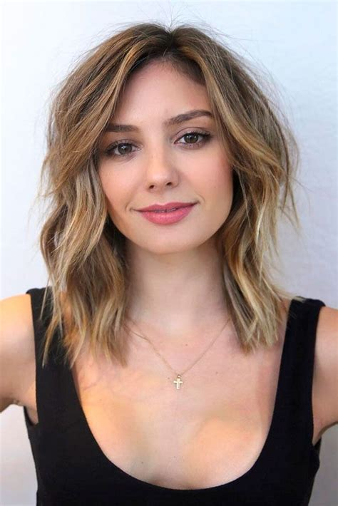 the most flattering 12 haircuts for square faces