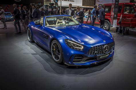 Handcrafted amg 4.0l v8 biturbo engine, 15/20 mpg. 2019 Mercedes-AMG GT R Roadster Pictures, Photos ...