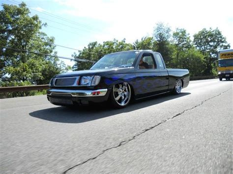 nissan frontier bagged sell used 1999 nissan frontier custom bagged bodydrop show