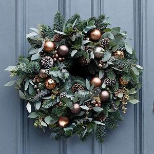 25 best ideas about Fresh Christmas Wreaths on Pinterest