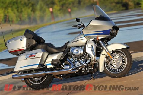 Harley Davidson Road Glide Ultra Wallpaper by 2011 Harley Davidson Road Glide Ultra Wallpaper