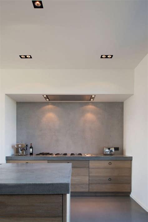 cabinets for small kitchen best 20 oak cabinet kitchen ideas on oak 5079