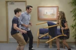 modern family recap 10 1 14 season 6 episode 2 quot do not