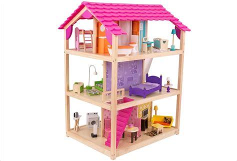 cuisine en bois en jouet maison de poupée en bois meublée saison hape jouet