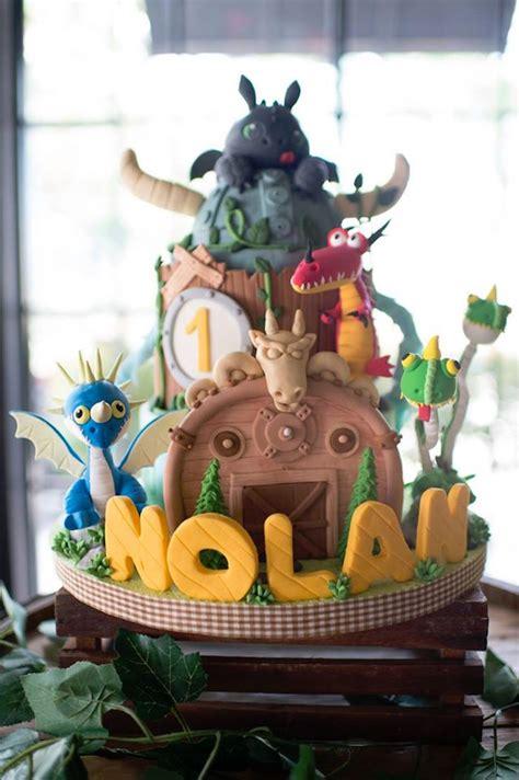 birthday party viking dragons dragon train cake karaspartyideas kara