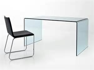 bureau design en verre courb 233 transparent d un seul