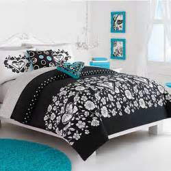 Black White and Turquoise Bedding