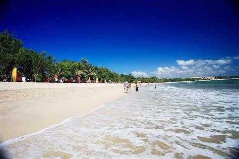 pantai kuta tempat wisata  bali  penjelasannya
