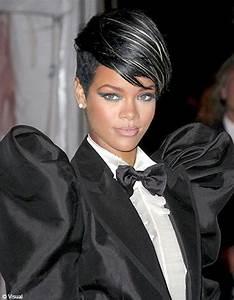 Coiffeuse Noir Et Blanche : meche rouge sur cheveux noir carabiens le forum ~ Teatrodelosmanantiales.com Idées de Décoration
