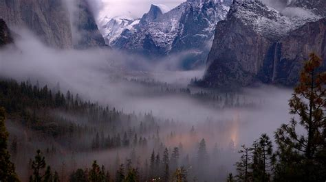 Yosemite Night Wallpaper