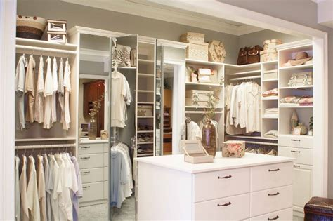 apartment organization clothes hanging closet organizer