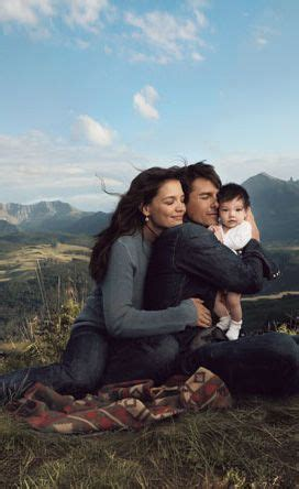 Tom Cruise, Katie Holmes & Daughter Suri  Baby
