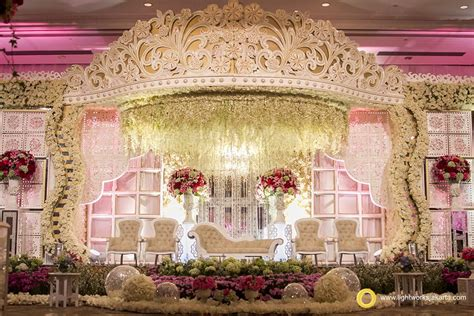 Garden Decoration Jakarta by Crown Wedding Stage By Grasida Decoration And Lighting By