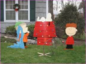 charlie brown christmas decorations outdoor home design