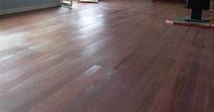 How to remove water stains from wood laminate flooring for Removing stains from laminate floors