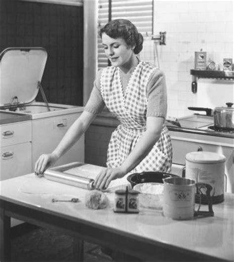 cuisine femme femme dans la cuisine oksuzlukoyu com