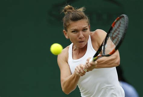 No. 1 Simona Halep Falls in First Round of U.S. Open - WSJ