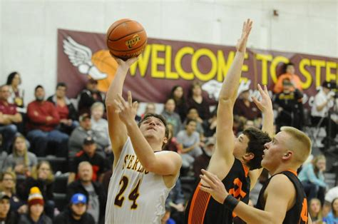 sterling holds  late diller odell charge basketball