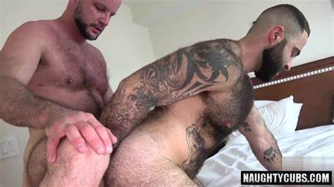 Dad Share Youthful Muse With Old Bull Hairless Bear Flip Flop With Creampie