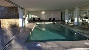 roses magnifique villa contemporaine avec piscine With awesome jardin et piscine design 10 maison moderne avec une magnifique piscine interieure