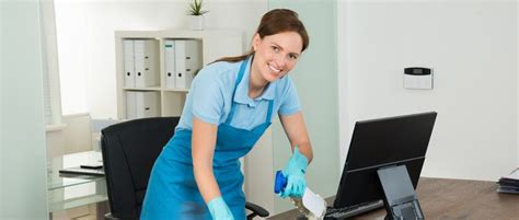 emploi de femme de m 233 nage droits et obligations employeur