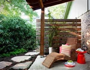 Sichtschutzpflanzen Für Terrasse : diy sichtschutz f r die terrasse holz paravent und hochwachsende k belpflanzen garten ~ Indierocktalk.com Haus und Dekorationen