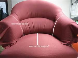 Recouvrir un fauteuil crapaud video table de lit a roulettes for Tapisser fauteuil crapaud