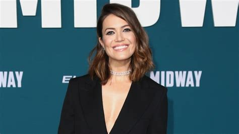 Mandy Moore Says She's Ready to Meet Her Baby Boy 'Any Day ...