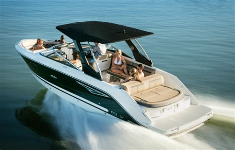 Crownline Vs Regal Boats by Big Bowrider Roundup Three Great Models For 2016 Boat
