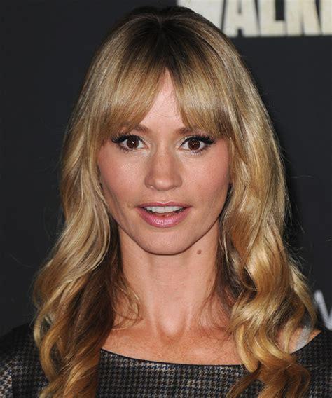 cameron richardson long wavy casual hairstyle  layered bangs dark golden blonde hair color